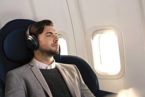3 Best headphones for airplane 2020