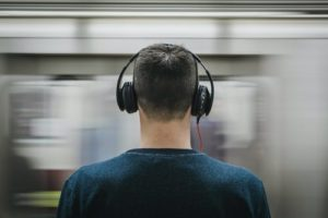 3 Best Travel Headphones in 2020